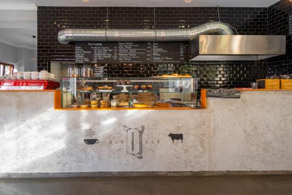 Café Q Burger