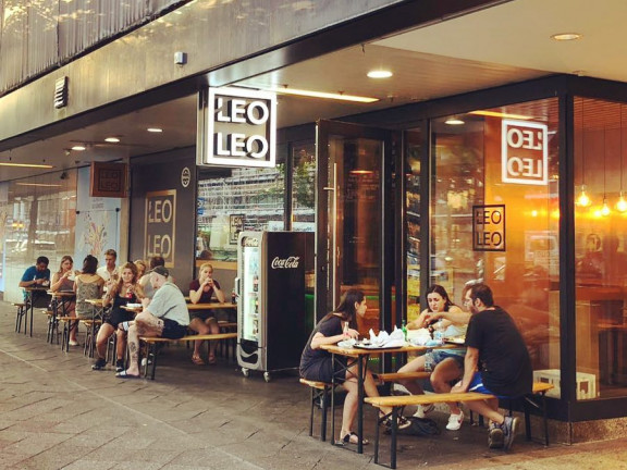 Leo Leo