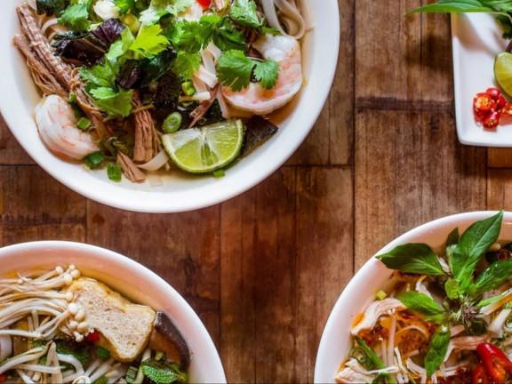Viet Hoa Cafe & Mess