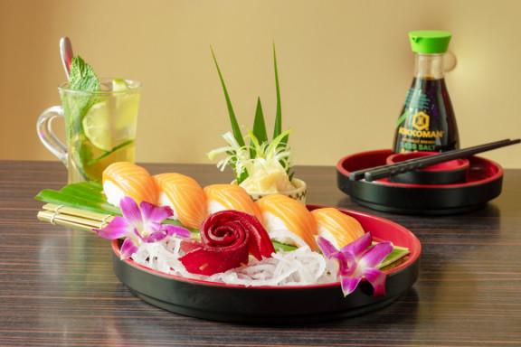 Sashimi Sushi Lounge